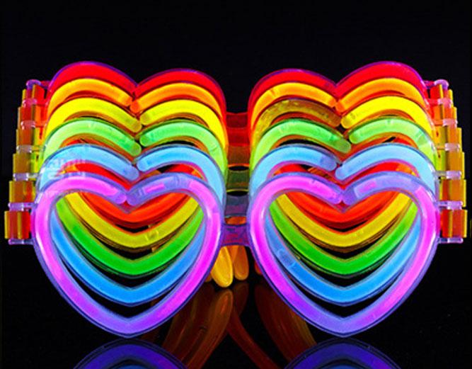 Glow EyeGlass Love